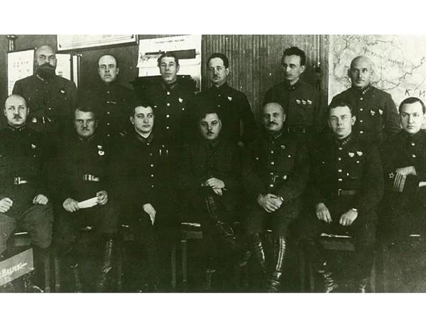 Stalin Marşalı niyə güllələdi? - SSRİ-də hərbi çevrilişə cəhd