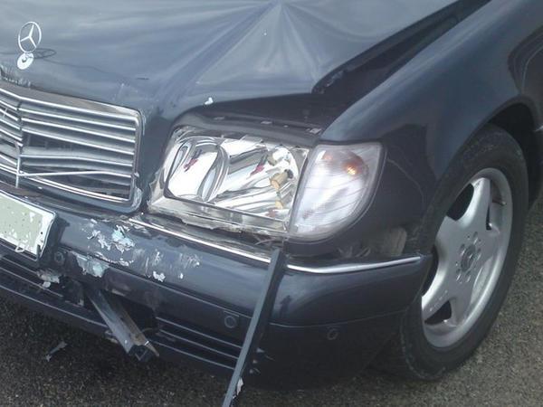 """Sarayda avtomobil hasara dəydi, <span class=""""color_red"""">sürücü öldü</span>"""