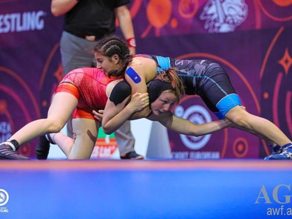 Azərbaycanın 2 qadın güləşçisi gümüş medal qazandı