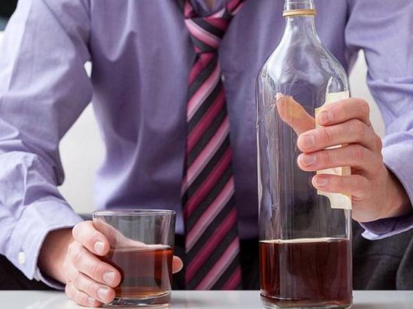 Alkohol zəhərlənmələri