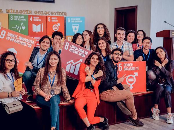 "YouthSpeak Forum 2019 uğurla başa çatdı - <span class=""color_red"">FOTO</span>"