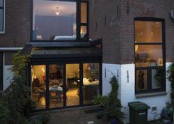 Amsterdamda iki mərtəbəli mənzil - FOTO