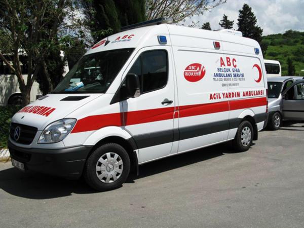 Türkiyədə yol qəzası nəticəsində iki nəfər həlak olub