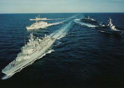 NATO-nun iki gəmisi Qara dənizə daxil olub