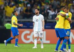 """&quot;Hakim hər zibilə görə vərəqə göstərirdi&quot; - <span class=""""color_red"""">Messi qəzəbləndi</span>"""