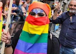 Londonda gey parad: Küçələrə 1,5 milyonadək insan çıxıb - FOTO