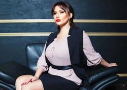Azərbaycanlı aktrisa yenə sinəsi açıq VİDEO paylaşdı