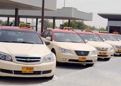 Dubayda ilin birinci yarısında taksi sürücüləri tapıntılar bürosuna təxminən 175 min dollar nağd vəsait təhvil veriblər
