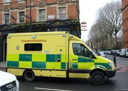 """Londonda avtomobil insanların üzərinə sürüldü: <span class=""""color_red"""">azı 7 yaralı var - FOTO</span>"""