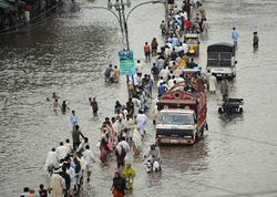 Pakistanda sel - Su 2 məscidi dağıtdı, 22 ölü