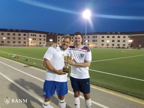 Bakı Ali Neft Məktəbində İngiltərə və Şotlandiya futbol komandaları xeyriyyə oyunu keçirib