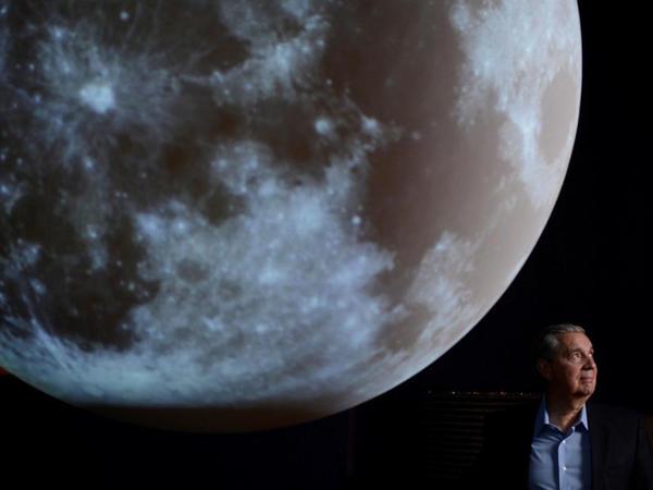 Robotlar Ayın səthindən Yer kürəsini müşahidə edəcək teleskoplar quraşdıracaq