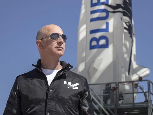 Ceff Bezos: Kosmik turizm Yer planetinin qorunması üzrə məsuliyyəti artıracaq
