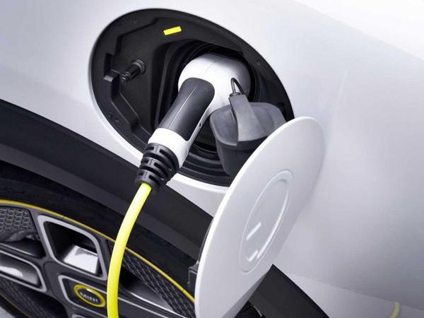 Mini benzin və dizel mühərriklərindən imtina edəcək