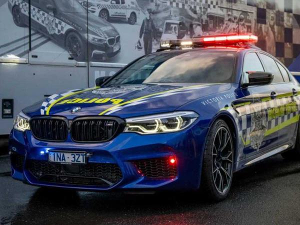 Avstraliya polisi yeni patrul avtomobilinə sahib olub - FOTO