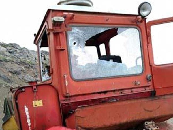 """Ermənistan silahlı bölmələri mülki traktoru snayper atəşinə tutub, itki yoxdur - <span class=""""color_red"""">RƏSMİ</span>"""