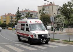 """Türkiyədə avtobusu daşa basdılar - <span class=""""color_red"""">Azərbaycanlı xəstəxanalıq oldu</span>"""