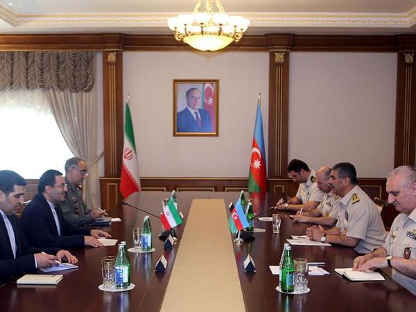 Zakir Həsənov İranın ölkəmizdəki səfiri ilə görüşdü