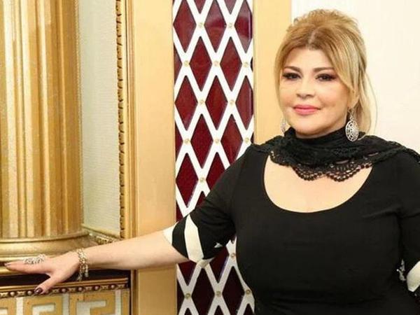 Mətanət İsgəndərli valideynləri ilə - FOTO
