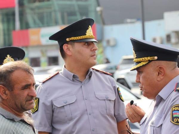 Bakıda polis küçə ticarəti, dilənçiliyə qarşı tədbirlər keçirir - FOTO
