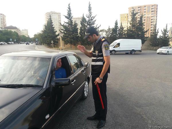 """Yasamalda 45 sürücü saxlanıldı - <span class=""""color_red"""">SƏBƏB - FOTO </span>"""