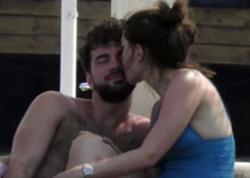 """""""4 dəfə bikini geyindim şəklimi çəkmədilər"""" - FOTO"""