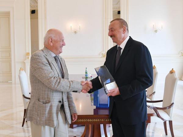 Prezident İlham Əliyev Avropa Olimpiya Komitələrinin prezidentini qəbul edib - FOTO