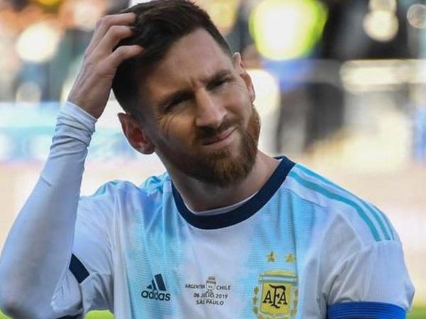 Messi üzr istədi