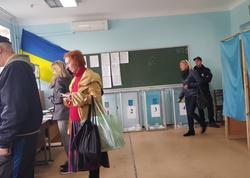 """Ukraynada nöbədənkənar parlament seçkiləri - <span class=""""color_red"""">Səsvermə başlayıb</span>"""