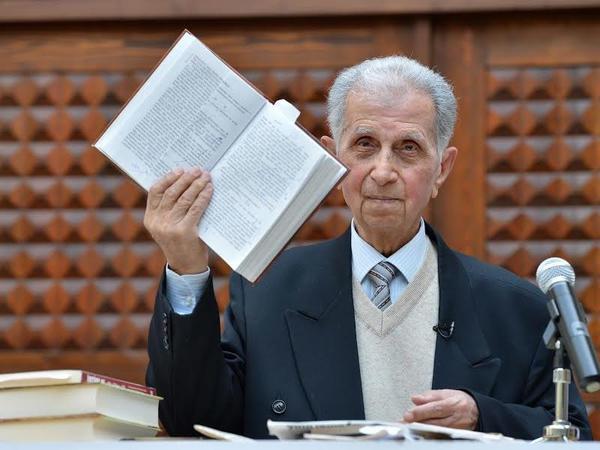 """""""Şirməmməd Hüseynov mükafatı"""" təsis edildi"""