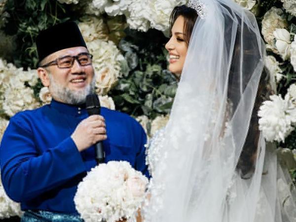 Oksana Malayziya kralından boşandı