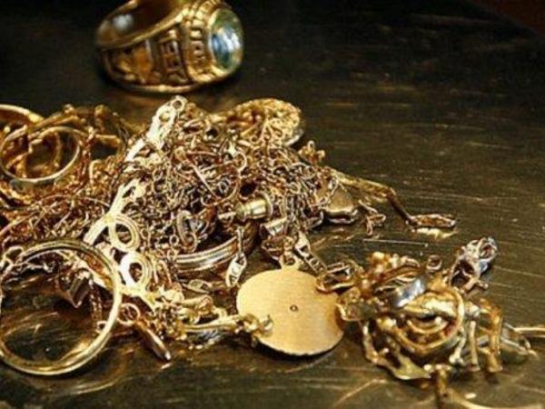 Ölkədə qızıl-gümüşün qiyməti ucuzlaşdı