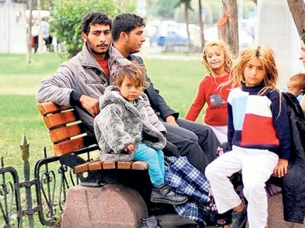 İstanbulda yaşayan Suriya vətəndaşları qeydiyyatı üzrə geri qaytarılır