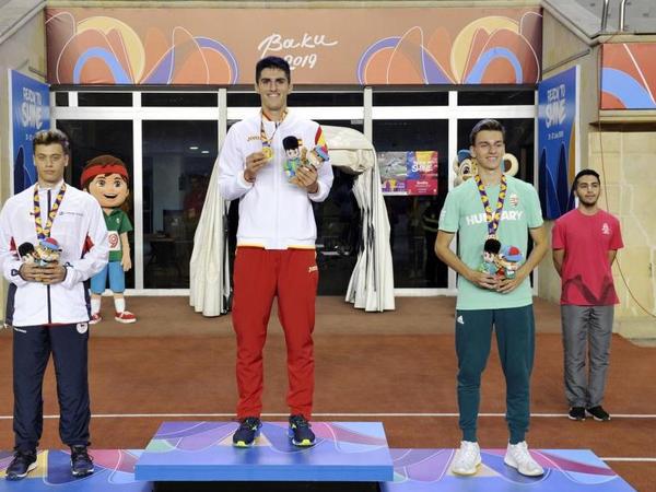 EYOF: Oğlanlar arasında 110 metr məsafəyə maneələrlə qaçış yarışında İspaniya təmsilçisi qalib gəlib - FOTO