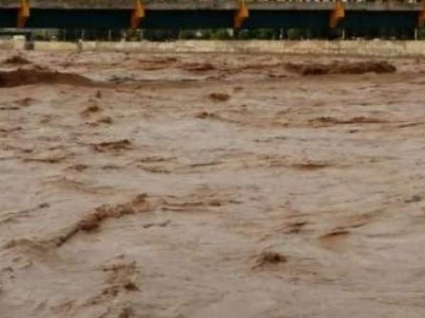 Hindistanda daşqınlar nəticəsində 106 nəfər ölüb