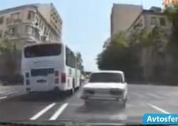 """Bakıda """"avtoş""""luq edən avtobus sürücüsü - VİDEO"""