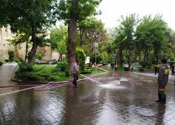 """Yağışdan çıxıb yağmura düşən Bakı - <span class=""""color_red"""">FOTOSESSİYA</span>"""
