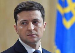 """Ukrayna prezidenti ölkəsini """"deşilmiş gəmi"""" adlandırdı"""