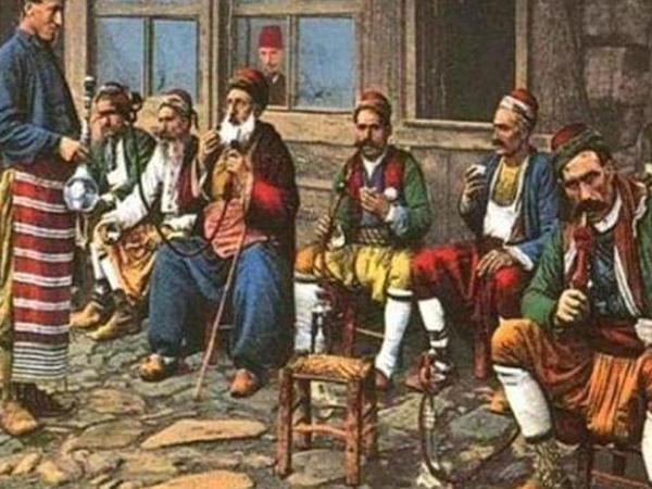 Osmanlıda təəccübləndirən qəribə qadağalar: Qadınlar sevgililəri ilə görüşməməsi üçün... - FOTO