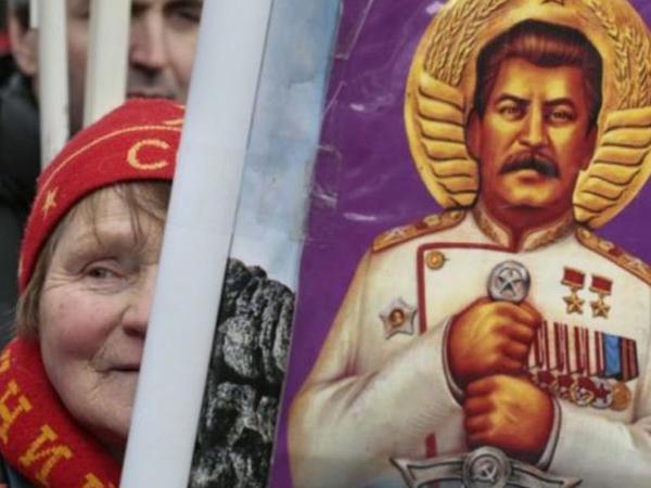 Rus qadınlarının gözəllik sirri üzə çıxdı - Sən demə Stalin...