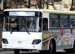 "BAKIDA avtobusu qapısı açıq sürür - <span class=""color_red""> FOTO</span>"