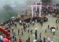 """&quot;Tanrı&quot;ya görə 120 nəfərin qanı töküldü - <span class=""""color_red"""">Hindistanda dini mərasim - VİDEO</span>"""