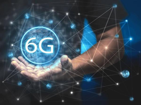 """""""Huawei"""" şirkəti """"6G"""" şəbəkəsi üçün avadanlığın istehsalına başlayıb"""