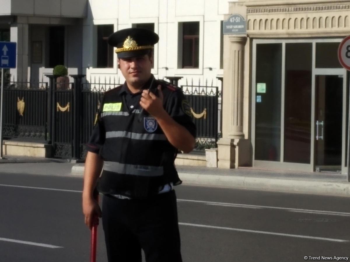 Yeni formalar bu yol polislərinə verildi - FOTO