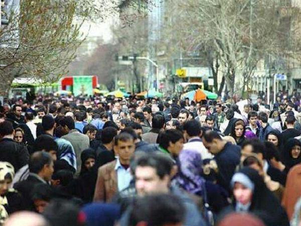 700 mindən çox sakin İranı tərk edib