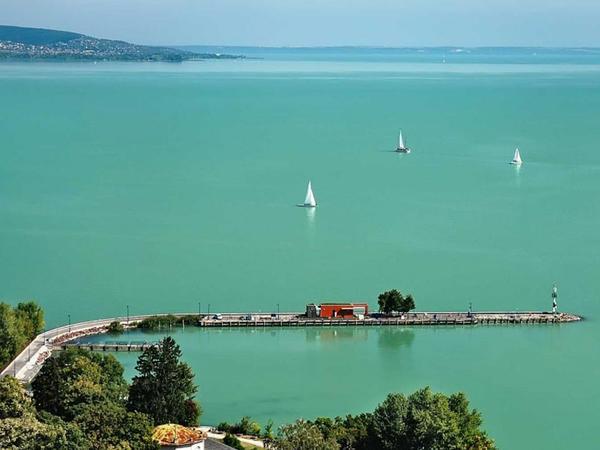 Balaton gölü populyarlığını qoruyub saxlayır