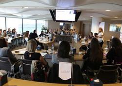 Dubayda bizneslə məşğul olan qadınların sayı 12 faiz artıb
