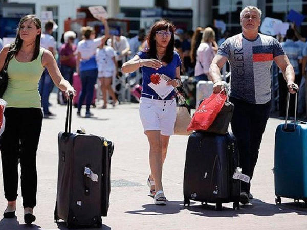 Bu ilin 7 ayı ərzində Azərbaycana 1.7 milyondan çox turist gəlib