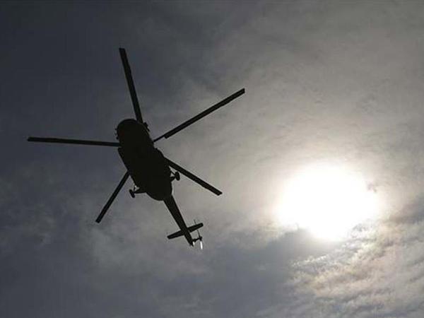 """Yunanıstanda helikopter dənizə düşdü - <span class=""""color_red"""">Ölənlər arasında qadın və uşaq da var</span>"""