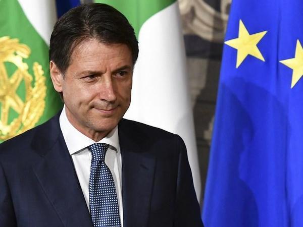 İtaliya prezidenti Kontenin istefasını qəbul edib